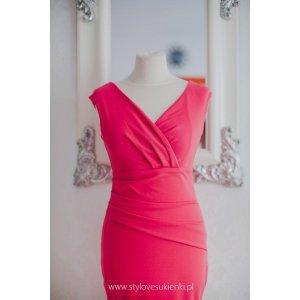bf5ab0a4f4 Koralowa długa sukienka na wesele z efektownym... - Sukienki ...
